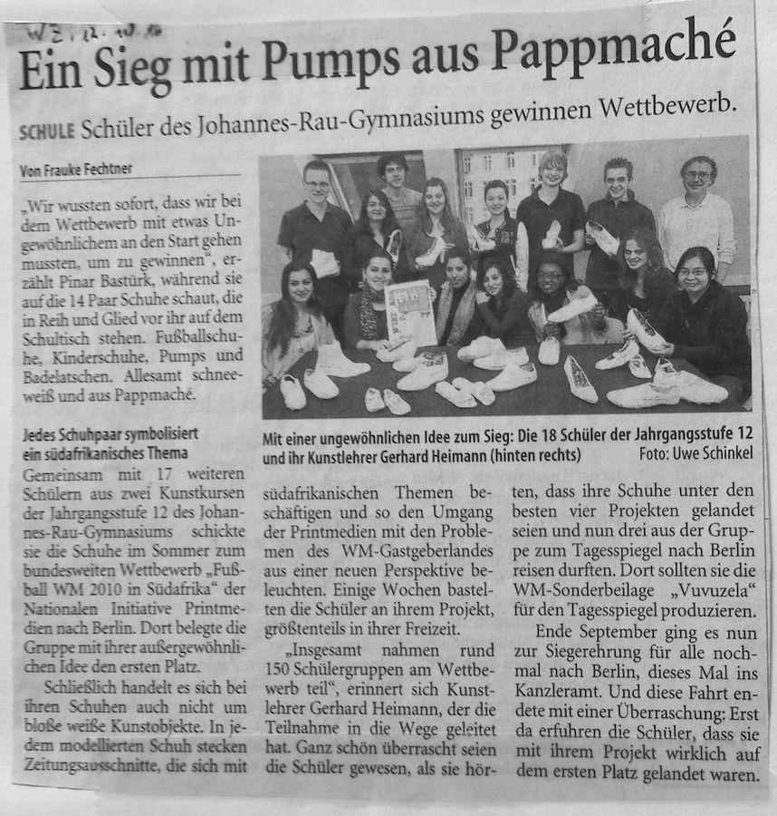 2010-10-12-WZ-Pumps aus Pappmaché